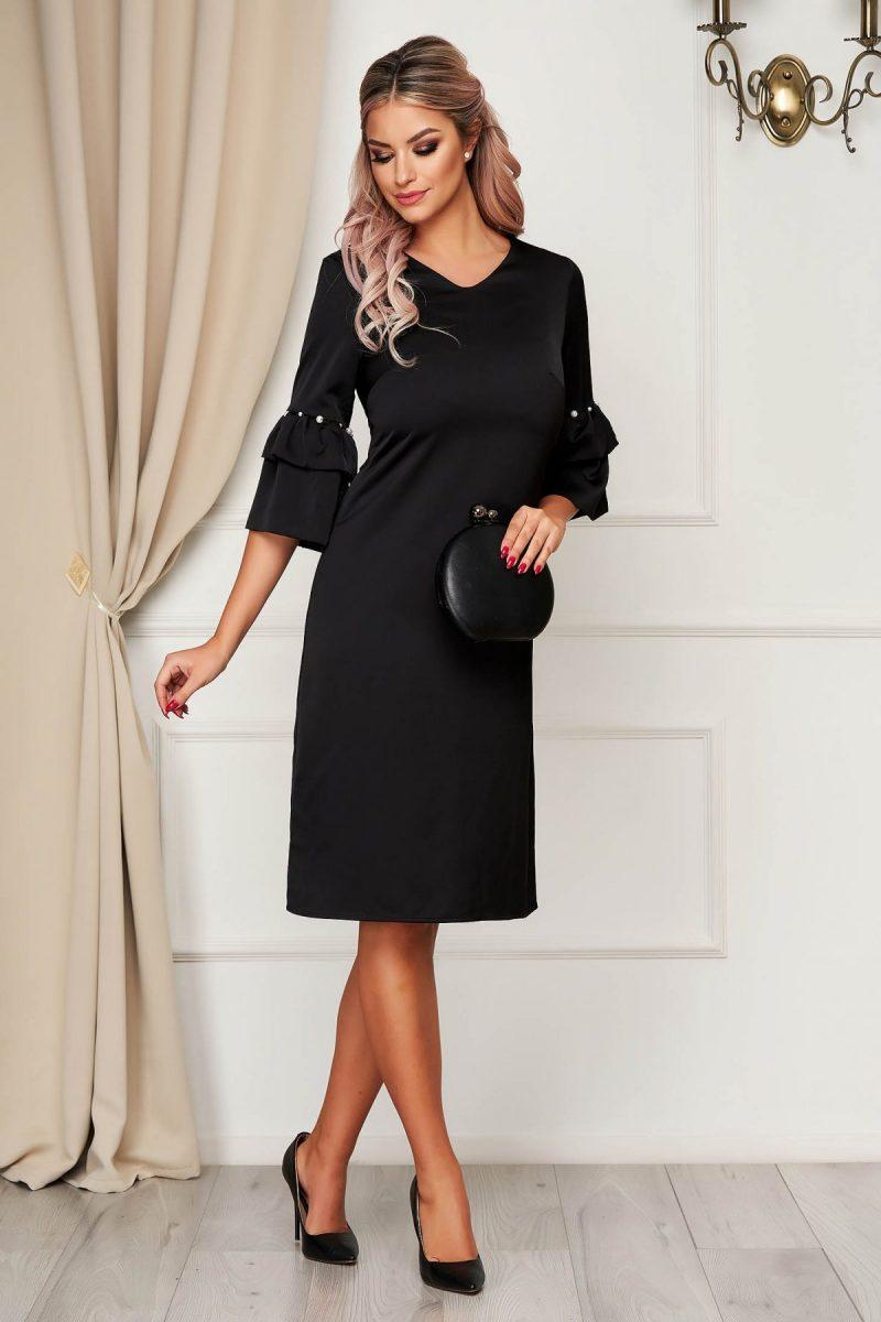 Rochie neagra eleganta cu croi in a cu maneci clopot cu aplicatii cu perle -