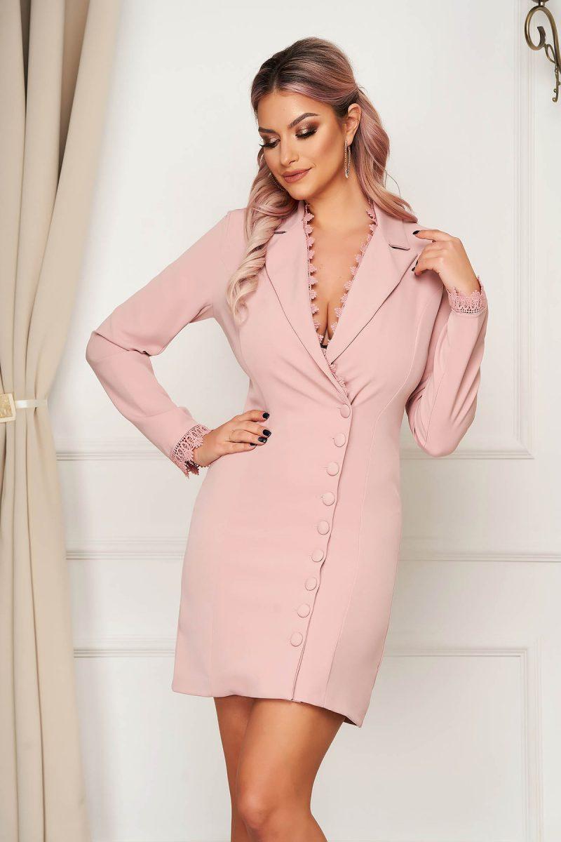 Rochie  roz prafuit eleganta scurta din stofa tip sacou cu insertii de broderie